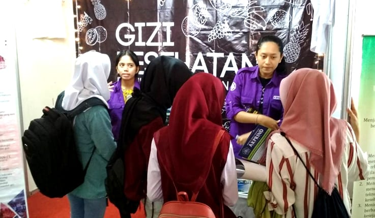 "Gizi Expo HIMAGIKA UGM di Acara Padmanaba <i>Science Tech Week 2018</i> ""Apollo"""