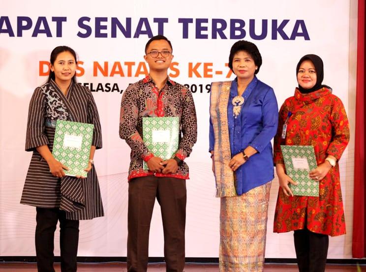 Inovasi NAGIH Mengantarkan Staf Kepegawaian Departemen Gizi Kesehatan Meraih Penghargaan sebagai Tenaga Kependidikan Berprestasi