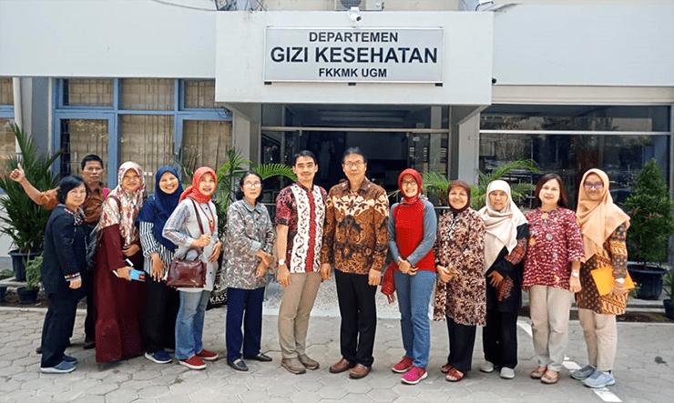 Departemen Gizi FKM UI Studi Banding Program Profesi Dietisien di UGM